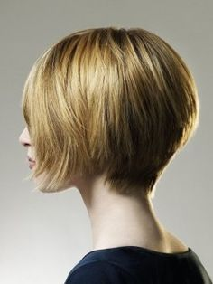 Medium bob hairstyle 2013.http://hairstylesreports.com/category/layered-hairstyles#