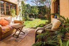 Portixol/ Es Molinar, Palma de Mallorca: Charmigt townhouse med trädgård och takterrass i Molinar