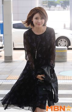 SNSD SooYoung is off to Belgium for a photo shoot