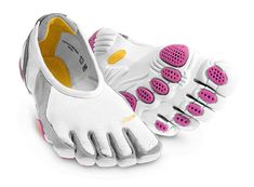 Vibram FiveFingers ®KSO Femme Rouge/bleu à vendre - Vibram Five Fingers Yoga Shoes, Running Shoes, Nike Shoes, Women's Shoes, Nike Sneakers, Workout Shoes, Workout Gear, Wod Gear, Workout Attire