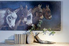 Mooi wonen is een kunst. Het vraagt om een creatieve artiest. Schilderij en accessoires www.martkleppe.nl