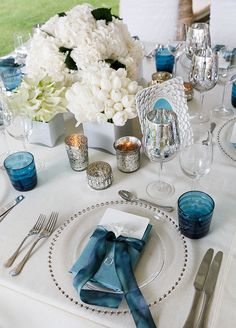 These gorgeous centerpieces are elegant, sophisticated and simply stunning! Mod Wedding, Nautical Wedding, Blue Wedding, Wedding Table, Wedding Colors, Wedding Bells, Decoration Table, Reception Decorations, Table Centerpieces