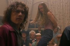Kat Stratford - 10 Things I Hate About You - 90s Movies, Iconic Movies, Good Movies, Movie Tv, Indie Movies, James Joseph, Serie Vampire Diaries, Julia Stiles, Bon Film