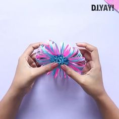 Diy Crafts Paper Flowers, Paper Crafts Origami, Paper Crafts For Kids, Flower Crafts, Diy Paper, Paper Art, Diy Flowers, Diy Crafts Hacks, Diy Crafts For Gifts
