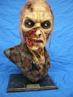 New Zombie by ~Trapjaw on deviantART sculpture