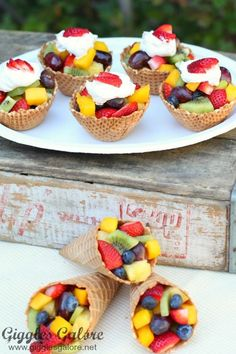 Ice Cream Cone Fruit Cups Snacks for party Ice Cream Cone Fruit Cup (Waffle Cone, Fresh Fruit) Fruit Party, Snacks Für Party, Fruit Snacks, Fruit Recipes, Appetizer Recipes, Fruit Appetizers, Appetizer Ideas, Fun Fruit, Party Recipes