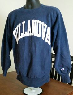 EUC VTG 90s LARGE Champion Reverse Weave Navy Sweatshirt VILLANOVA WILDCATS FAN #Champion #SweatshirtCrew