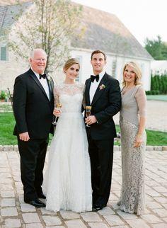 weddingfamilyportratis.jpg 600×819 pixels
