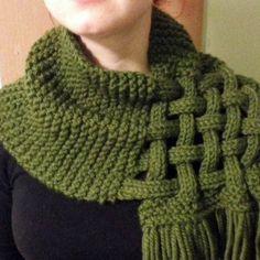 Écharpe ,foulard,snud de acrylique en tricot
