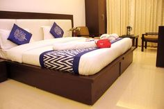 Book OYO 785 Hotel Green View, Rishikesh online @ with free cancellation. ✔Lowest price on hotel bookings ✔Deal and ✔Discounts Rishikesh, Hotel Reviews, Bed, Furniture, Hotels, Rooms, Home Decor, Travel, Tips