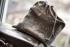 Gray Linen Drawstring bags gift bag  eco friendly by AriZaDesign