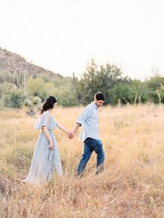 Desert Engagement Session by Rachel Solomon Photography | Wedding Sparrow | wedding blog