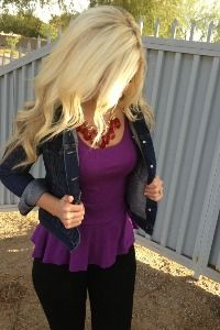 Dark denim jacket & purple peplum- have the shirt need the jacket Fall Winter Outfits, Autumn Winter Fashion, Summer Outfits, Cute Outfits, Spring Fashion, Casual Outfits, Pastel Outfit, Dark Denim Jacket, Leather Jacket