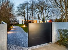 klare Line! 100% Aluminium Puristisches Design aus zeitgemäßen Materialien, individuell und qualitativ hochwertig.