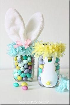Mason Jar Easter Basket | Easter Craft Ideas | Mason Jar Craft Ideas for Easter @ Mason Jar Crafts Love