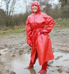 Red Raincoat, Plastic Raincoat, Lace Dress Styles, Rubber Raincoats, Rain Suit, Bronze, Raincoats For Women, Rain Wear, Lady In Red