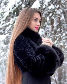 ☃️#cristmastree  #winter #wintertime #winterfashion #model #modeling #modelphotography #modellife #photo #photography #photomodel #photooftheday #cute #beautiful #beautifulgirl #winterfashion #vrn #vrn36 #vrnlife