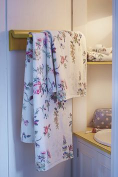 Cath Kidston AW15 - Birds and Roses Towels