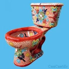 Amazing Mexican Talavera Toilets are Stunning Vibrant Colorful toilets that will give your bathroom some life. Talavera Pottery, Ceramic Pottery, Soap Dish For Shower, Mexican Art, Mexican Tiles, Mexican Crafts, Tile Design, Decorative Bowls, Vibrant Colors