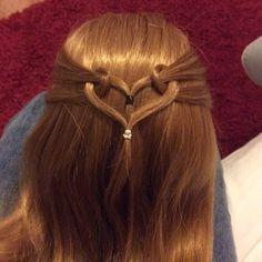 #cghmermaidheartbraid  this is another mermaid heart braid before I did the triple ones  @cutegirlshairstyles