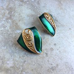 Vintage Green Enamel and Gold Tone Earring by by ClockworkZoo