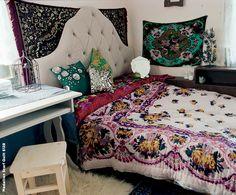 moroccan rug used for bedding, sari textile
