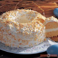 Vanilla Cake, Easter, Desserts, Food, Tailgate Desserts, Deserts, Easter Activities, Essen, Postres