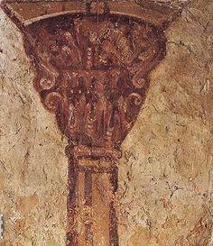 Colonne et chapiteaux peints du pilastre ouest, côté nord de l'oratoire d'Etienne : 75) Des colonnes en trompe-l'oeil ont été peintes à la retombée des arcs simulant ainsi des supports architecturaux. Les chapiteaux figurés sur un modèle corinthien adapté reprennent les motifs d'un chapiteau sculpté dans la confession.