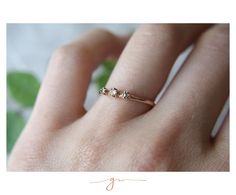 Anillo Luxe Diamantes. fav <3 Gems Jewelry, Blues, Silver Rings, Wedding, Diamonds, Frames, Rings, Gold, Feminine