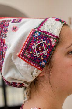 Horehronie, Slovakia Traditional Clothes, Folk, Costumes, Embroidery, Fashion, Moda, Needlepoint, Popular, Dress Up Clothes