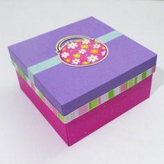 Cajas scrapbook - Plantillas de cajas Decorative Boxes, Inspiration, Home Decor, Plants, Homemade Home Decor, Biblical Inspiration, Decoration Home, Decorative Storage Boxes, Inhalation