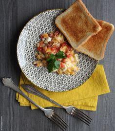 Frühstück: Rühreier mit Tomaten & Feta - Tunesisch kochen