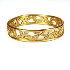 Women's Gold open pave flower bangle Bracelet by be-je designs Gold Bangles, Bangle Bracelets, Beautiful Outfits, Jewlery, 3d Fashion, Fashion Jewelry, Flower, Detail, Glitters