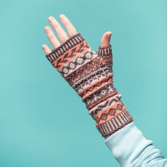 A super fun stranded colorwork fingerless mitten knitting pattern from the pages of Kate Atherley's Knit Mitts! Learn more about this fun pattern and start dreaming of color combinations...