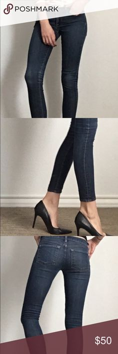 """Lucky Jeans dark wash, skinny fit. Super comfortable and flattering Lucky Jeans! Fit great I just have a few too many pairs of jeans with similar wash and fit, my hips are 34.5"""" and these a bit small, but still fit fine! Lucky Brand Jeans Skinny"""