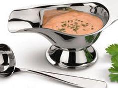 Molho rico  para saladas - Veja mais em: http://www.cybercook.com.br/receita-de-molho-rico-para-saladas.html?codigo=98683