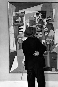 Visitor At The Picasso Exhibition, District In Paris, France 1952 by Edouard Boubat Ralph Gibson, Robert Doisneau, Magnum Photos, History Of Photography, Street Photography, New York City, Fondation Cartier, Become A Photographer, San Francisco Museums