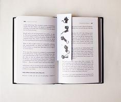 Marca páginas gato negro