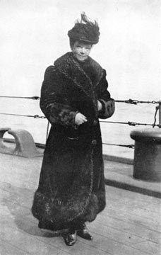Empress Marie Feodorovna, mother of the last Tsar, Nicholas II, on board HMS Malborough being evacuated to Malta. Tsar Nicolas Ii, Tsar Nicholas, Prince Felix, Queen Victoria Prince Albert, Maria Feodorovna, House Of Romanov, Man Of War, Princess Alexandra, Imperial Russia