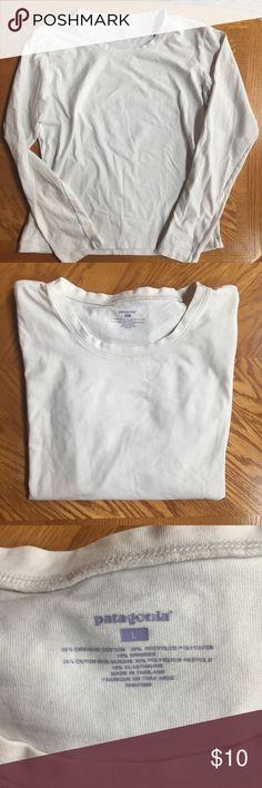 Patagonia Organic Cotton Tee White long sleeve Patagonia tee. Good condition. Bundle and save! Patagonia Tops Tees - Long Sleeve