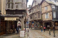 Viaje a Bretaña francesa - Dinan Christmas Decorations To Make, Christmas Diy, France, Paris, Clever Diy, Woodworking Shop, Travel Inspiration, Travel Tips, Beautiful Places
