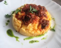 FORNELLI IN FIAMME: POLENTA WITH SNAILS, TOMATO AND GREEN SAUCE - Pole...