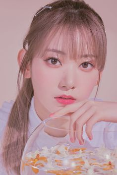 """sakura for molak┊͙"" Kpop Girl Groups, Kpop Girls, Sakura Miyawaki, Kagoshima, Yu Jin, Japanese Girl Group, Fandom, K Idol, Beautiful Mind"