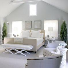 Calm White Bedroom Interior Design and Furniture Ideas - Home Design and Home Interior Beautiful Bedroom Designs, Beautiful Bedrooms, Les Hamptons, White Interior Design, Simple Interior, Coastal Bedrooms, White Bedrooms, Cottage Bedrooms, Ideas Hogar
