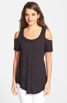 Free shipping and returns on Harlowe and Graham Cold Shoulder Tee at Nordstrom.com. Cold-shoulder cutouts define a casual yet versatile knit tee made in America from slubby stretch-cotton jersey.