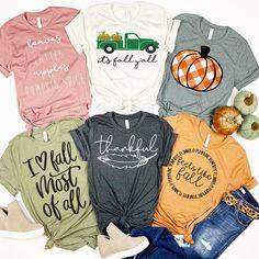Fall Style Tees - Fall Shirts - Ideas of Fall Shirts - Fall Style Tees Fall Shirts, Cute Shirts, Mom Shirts, Fall Outfits, Cute Outfits, Vinyl Shirts, Fashion Graphic, Autumn Theme, Diy Shirt