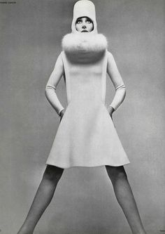 Les Robes Choc  L'Officiel #535, 1966  Photographer: Guégan  Pierre Cardin, Fall 1966