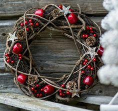 Grapevine Christmas wreath