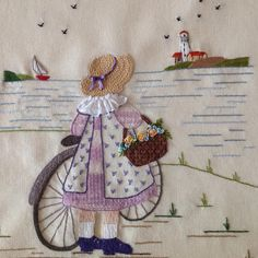 👩🌾 it's not my work just for embroidery ideas Hand Embroidery Videos, Embroidery Motifs, Hand Embroidery Stitches, Hand Embroidery Designs, Vintage Embroidery, Embroidery Applique, Cross Stitch Embroidery, Embroidery Ideas, Doll Quilt