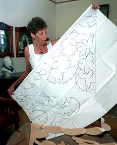 Under the Lychee Tree: Ulei the Hawaiian Rose Quilt